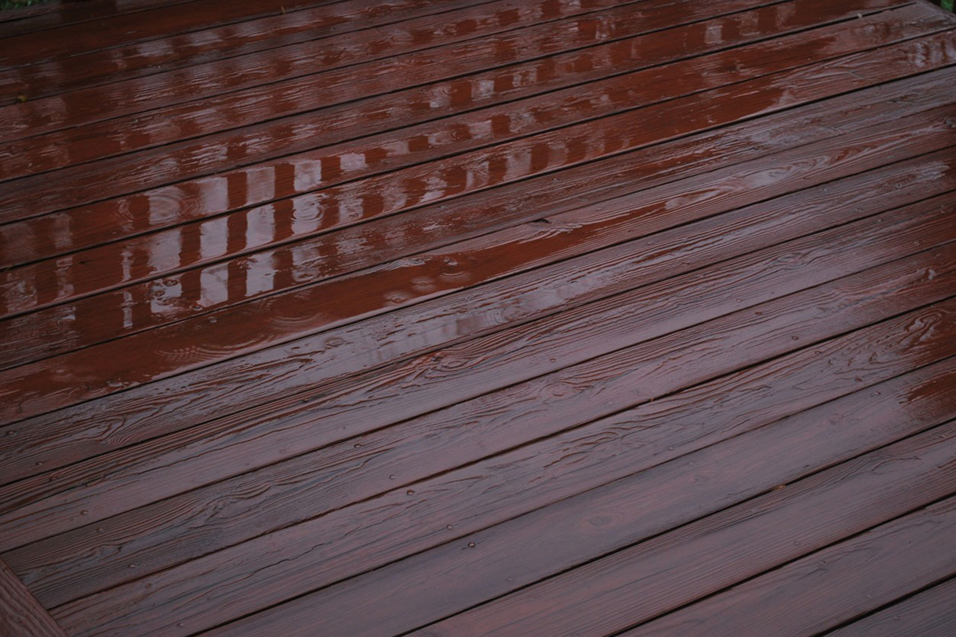 Deck Sealing & Staining Serving Long Island Suffolk County & NYC